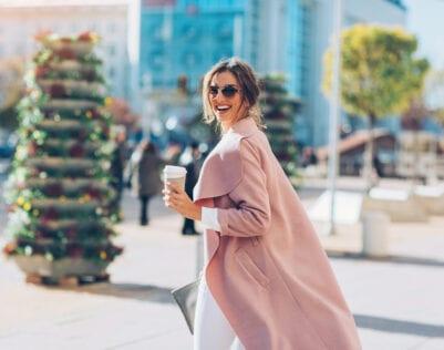 17 verkapte complimenten waarvan 50+ vrouwen erg vrolijk worden