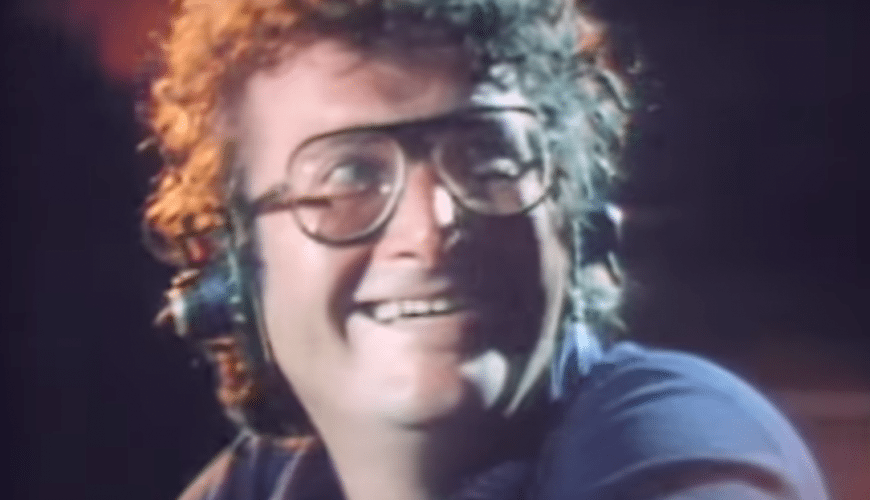 Zo fijn: Randy Newman zingt Short People