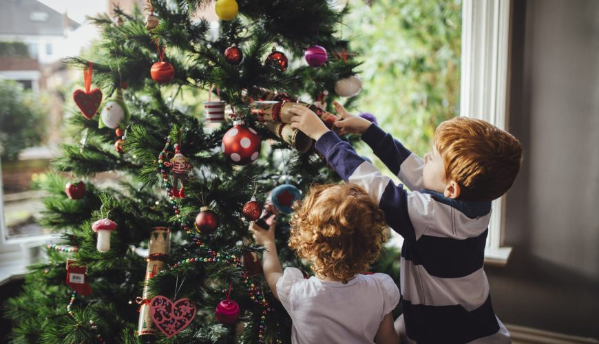 Alwéér Nieuwe Kerstballen Hou Daar Toch Eens Mee Op Saar Magazine