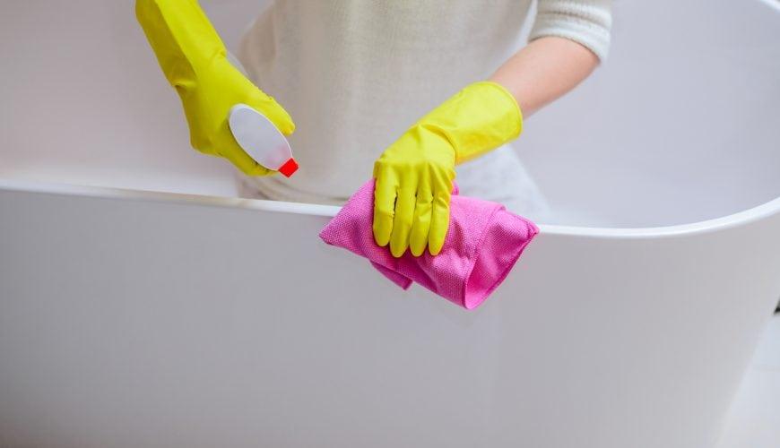 Gestucte Badkamer Nadelen : Hoe miriam de fruitvliegjes in haar badkamer een voor een