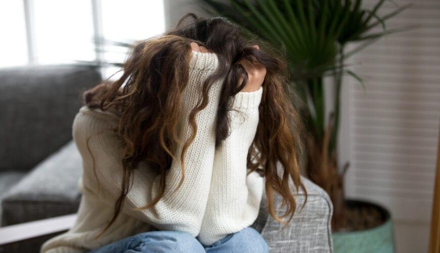 Gek van verliefdheid verliet ik mijn man en kinderen – hoe stom kun je zijn